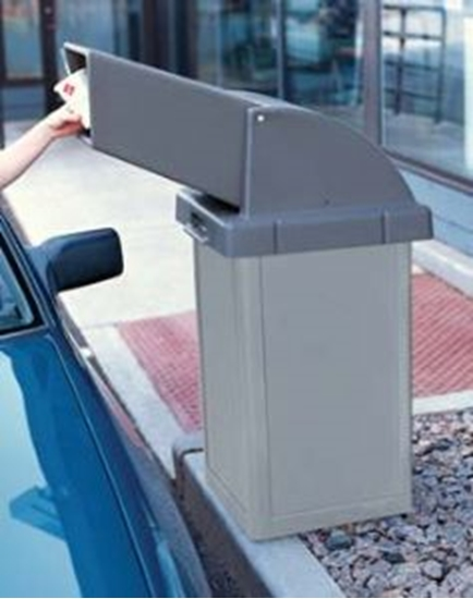 24 Gallon Trash Receptacle Plastic With Drive Thru Top