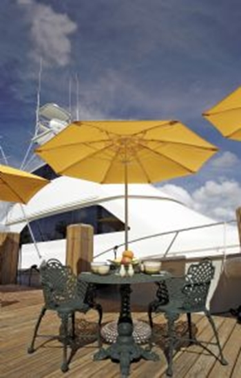 Picture of 11 ft. Octagonal Market Umbrella - Lucaya Style - Powder coated Aluminum Pole - Marine Grade Fabric