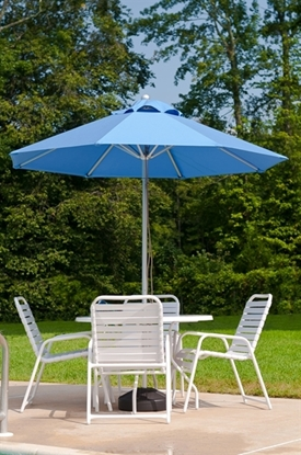 Picture of 9 ft. Octagonal Market Umbrella - Aluminum Ribs - Marine Grade Fabric