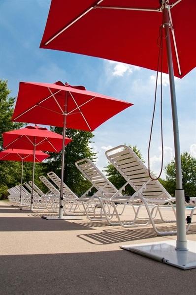 steel 75 lb. umbrella base with wheels - freestanding use -park 75 Lb Umbrella Stand