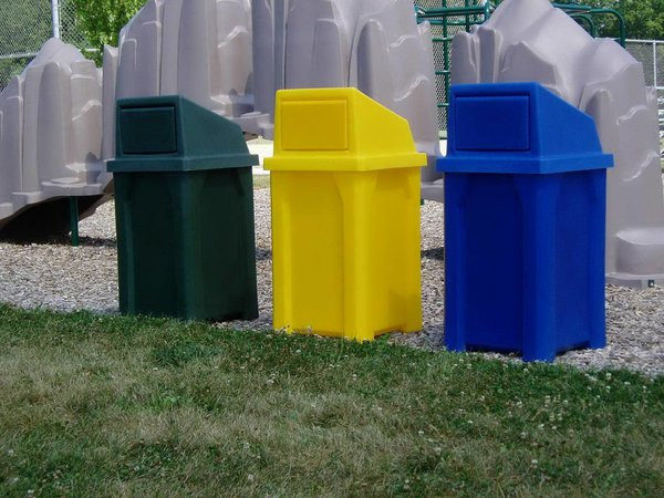 32 Gallon Trash Can With Liner And Push Door Lid By Park