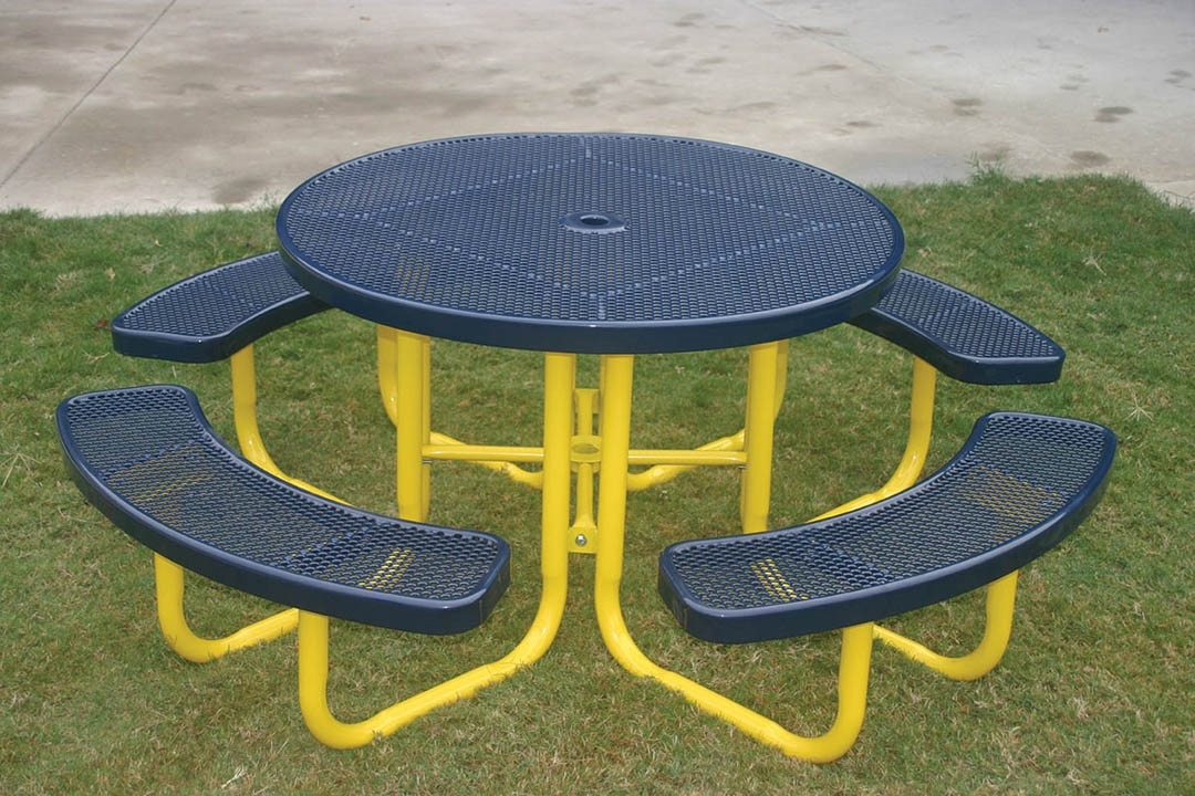 RHINO Round Thermoplastic Steel Picnic Table
